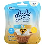Glade PlugIns Scented Oil, Clean Linen, Sunny Days, 2 refills 1.34 fl oz (39.6 ml)