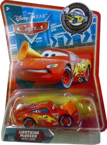 Disney / Pixar CARS Movie Exclusive 155 Die Cast Car Final Lap Series Lightning McQueen with Cone