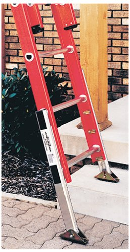 Werner Ladders Gutter Cleaning Tips