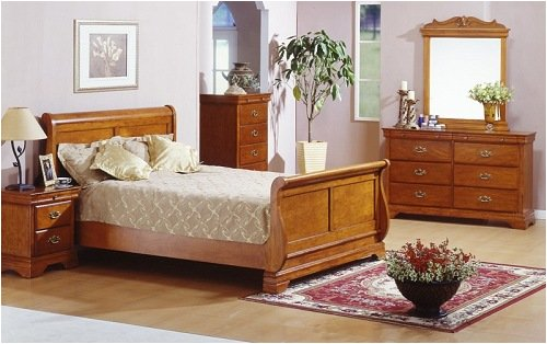 Oak Finish Cal King Bedroom Five Piece Set