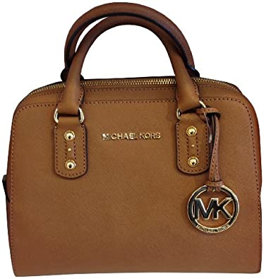Our cheap Michael Kors outlet shop has the beautiful appearance and unique design. We provide the various Michael Kors handbags at a competitive price. Many fans love it. Come on, join us!Michael Kors Black Friday Sale & Cyber Monday Deals.