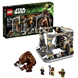 Lego Year 2013 Star Wars Series Battle Scene Set # 75005 - RANCOR PIT With Opening Gate Secret Room And Hidden...