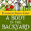 A Body in the Backyard: A Myrtle Clover Mystery, Book 4 Audiobook by Elizabeth Spann Craig Narrated by Cathy Schrecongost