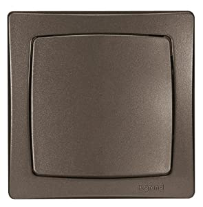 legrand leg97372 interrupteur ou va et vient saillie 2300 w en 230 v marron bricolage. Black Bedroom Furniture Sets. Home Design Ideas