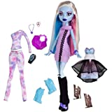 Monster High Exclusive Doll Figure Abbey Bominable 3 Frosty Outfits!