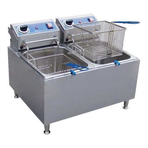 Globe Food Pf32E Countertop 208V Electric 32 Lb Oil Capacity Fryer