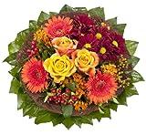 Lawn & Patio - Blumenstrau�  F�llhorn mit orangen Rosen und Germini