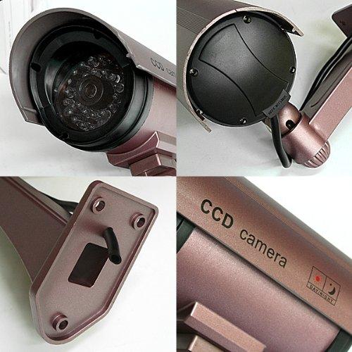 赤色LEDが常時点灯!本物にしか見えません!CCDダミー防犯カメラ(パープル)