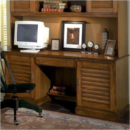 Riverside Furniture 73033 Plantation Key 66 W Computer Desk in Antique Tobacco Maple