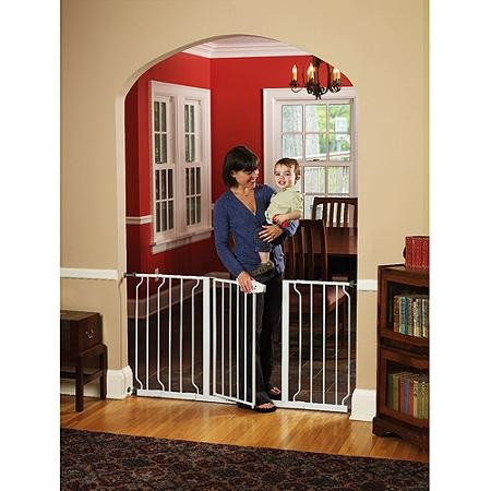 Regalo Extra Wide WideSpan Walk Through Safety Gate - 1