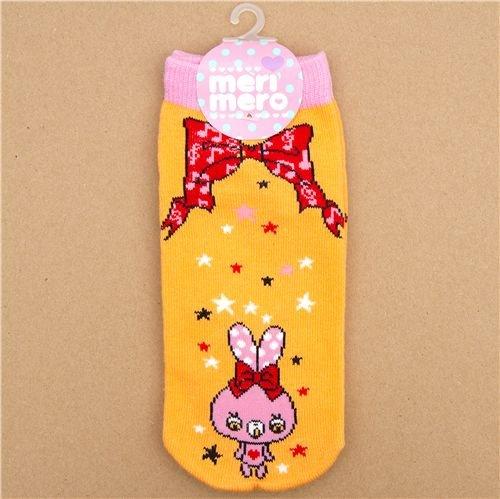 Imagen 1 de calcetines con conejitos rosa y un lazo