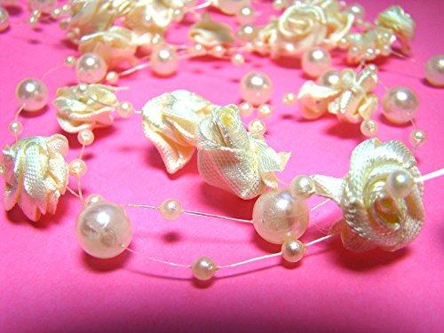 Creme Roses-guirlande de perles 10 metres : Collier de perles, Perle guirlande avec des roses
