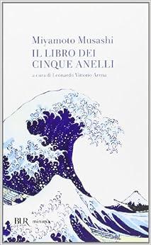 Il libro dei cinque anelli (Italian) Perfect Paperback – January 1