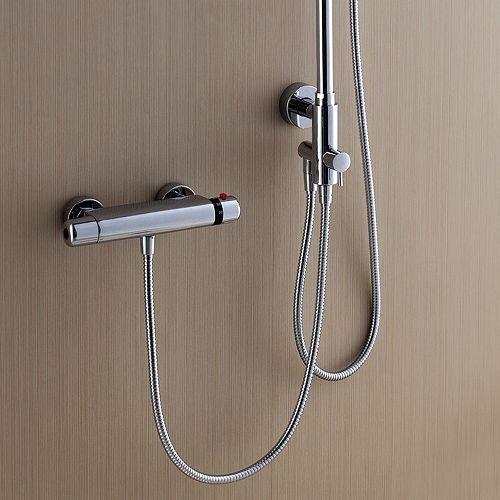 Regadera De Baño Moderna:Regadera Para Baño Moderna Con Cabezal De Mano Bfn (Regaderas) a MXN
