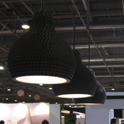 Industreal-LAMPE-72DPI-lampada-a-sospensione-in-porcellana-nera