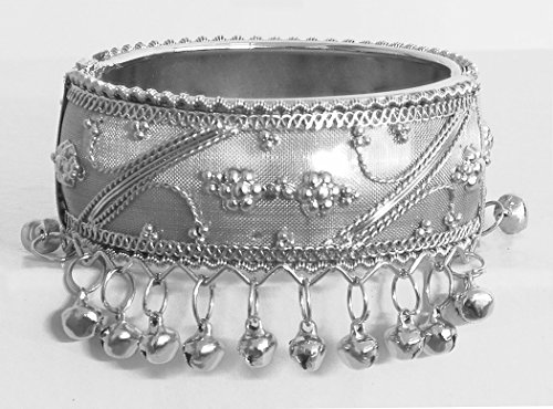 DollsofIndia Metal Hinge Bracelet With Metal Beads - Metal - White