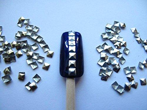 feitong-nail-art-300-pezzi-doro-e-dargento-3-mm-quadrati-borchie-metalliche-per-le-unghie-i-cellular