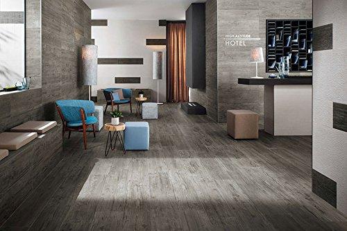 fliesen in holzoptik f r das wohnzimmer zwischen sein und schein wohnlandschaften wohnideen. Black Bedroom Furniture Sets. Home Design Ideas