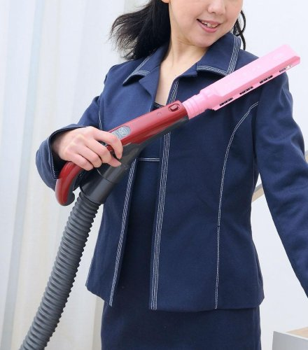 布団、衣類、カーペット、カーテン専用 掃除機ノズル 『スッ!と』CVCN-01B (黒)