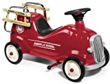 Radio Flyer Little Fire Engine (Red)