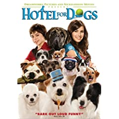 Hotel for Dogs (Widescreen Edition): Emma Roberts, Jake T. Austin, Lisa Kudrow, Don Cheadle, Johnny Simmons, Kyla Pratt, Troy Gentile, Kevin Dillon, Ajay Naidu, Eric Edelstein, Robinne Lee, Yvette Nic
