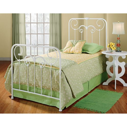 Lindsey Metal Bed Reviews