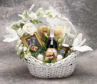 Congratulations! Wedding Wishes Gourmet Gift Basket -Medium (Large Shown)