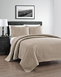 Zaria 3-Piece Quilt / Coverlet Set, Full/Queen, Khaki
