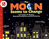 The Moon Seems to Change (Let s-Read-and-Find-Out Science 2)