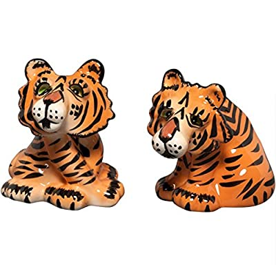 2.75 inch Tigers Salt & Pepper Shakers Kitchenware Collectible from Westland