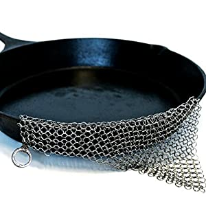 The Ringer Cast Iron Cleaner XL 8x6 Inch Stainless Steel Chainmail