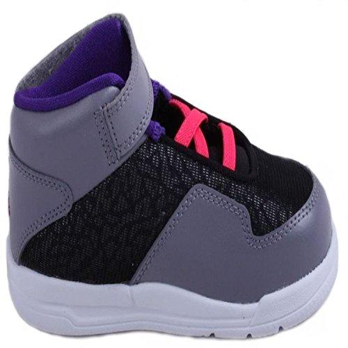 Sneakers 7c