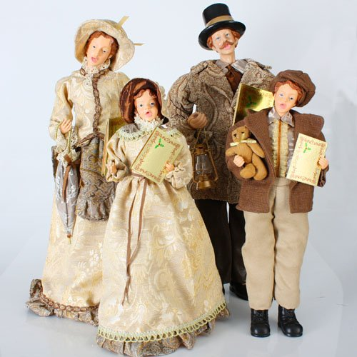 Set of 4 Victorian Inspirations Gold Caroler Family Christmas Table Top Decor