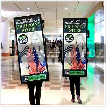 Stnanhai 2014 Europe Popular,Indoor/Outdoor Mobile Display Screens Sign,Led Aluminum Frame Battery Operated For National Day Promotion
