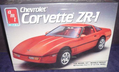 #6073 AMT 1990 Chevrolet Corvette ZR-1 1/25 Scale Plastic Model Kit