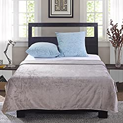 Bedsure Soft Microfiber Cozy Flannel Throw Blanket, for Bed or Couch - Grey, Full/Queen, 90x90