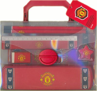 manchester-united-stationery-set-in-carry-case