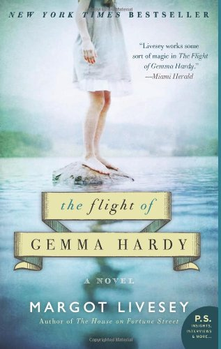 The Flight of Gemma Hardy: A Novel (P.S.)