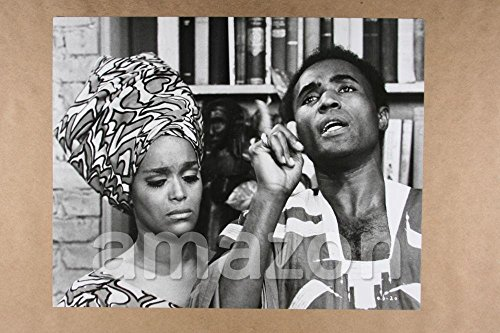 Vintage-Photo-of-CALVIN-LOCKHART-EMILY-YANCY-Cotton-Comes-to-Harlem-IS431