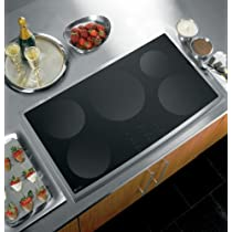 GE Profile CleanDesign : PHP960SMSS 36 Induction Cooktop - Black Surface, Stainless Steel Trim
