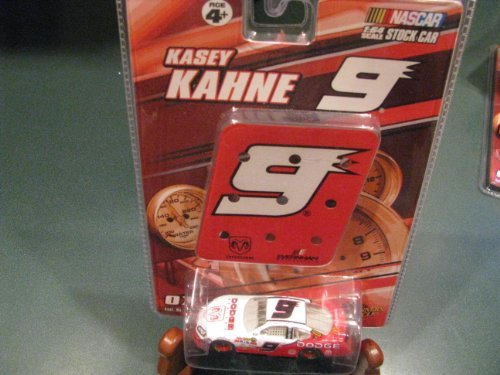 2007 Kasey Kahne # 9 Dodge Dealers Charger 1/64 Scale & Mini #9 Replica Pit Stop Sign Board Winners Circle Edition - 1