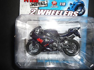 Maisto-2-Wheelers-Yamaha-YZF-R1-Exup-Deltabox-II-Motorcycle-Diecast-Black-118-Scale-Fresh-Metal-Packaging-by-Maisto