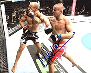 MICHAEL KUIPER signed *UFC MMA* 8x10 Photo W/COA #1