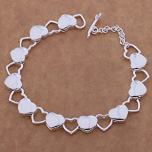 Cute,Romantic Design Silver Heart Bracelet for Girls and Lady.