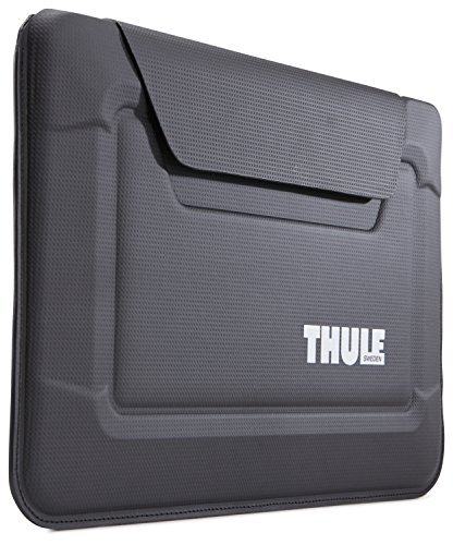 thule-gauntlet-30-envelope-sleeve-for-macbook-air-black