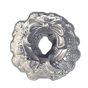 Nordic Ware Platinum Holiday Wreath Bundt Pan by Nordic Ware