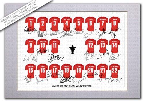 montaje-en-gales-grand-slam-2012-nuevo-squad-en-la-rugby-firmada-por-el-equipo-con-autografos-de-los
