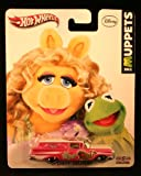 Hot Wheels 2013 Disney The Muppets Miss Piggy & Kermit '59 Chevy Delivery Pink/White