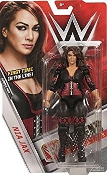 WWE Séries Basiques 72 Figurine D'Action - Nia Jax 'Premier Ever FIGURINE'