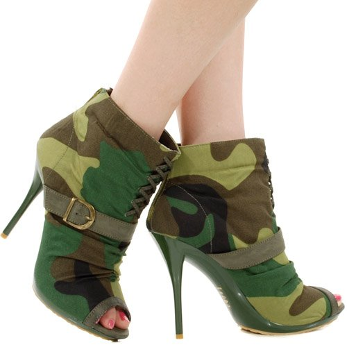 Logan Camo Lace Up Ankle Bootie OLIVE